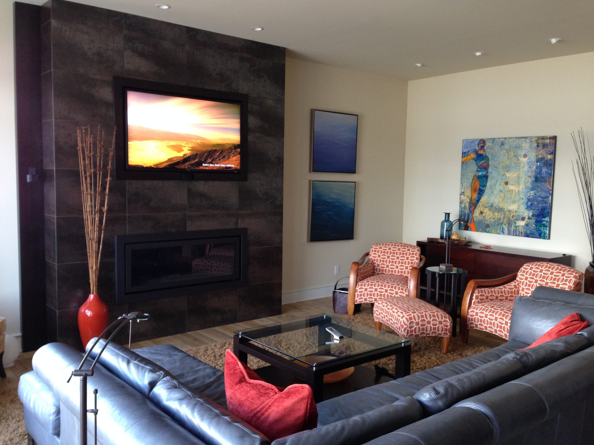 Interior design kelowna fireplace living room re for Designing interiors inc